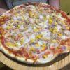 Pizza di tonno o mais