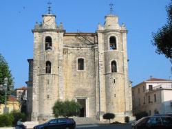 """""""Iglesia de San Pietro y San Paolo en Arce Frosinone. Aquí es donde se bendecían las velas el día de las Candelas. Arce es el pueblo donde vivimos antes de venir aquí"""""""